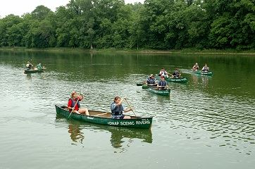 Toledo Metroparks Canoes-Farmsworth Maumee River